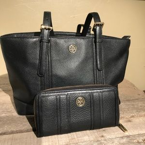 Tory Burch York Buckle Tote and matching wallet.